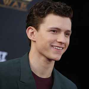 Tom-Holland-news-site